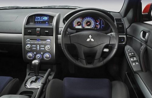 The interior of the sedan Mitsubishi 380, 2005-2008